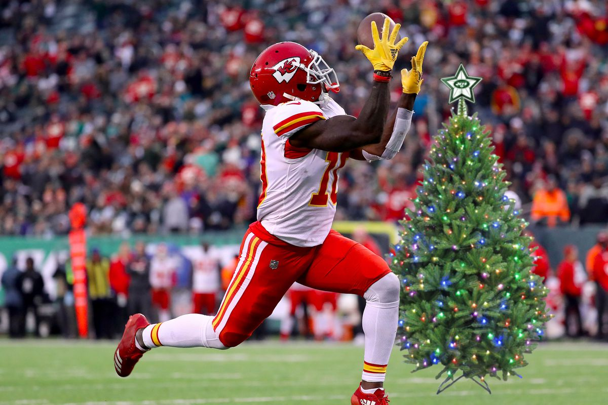 photo by elsagetty images illustration by matt ufford - Nfl Christmas Games