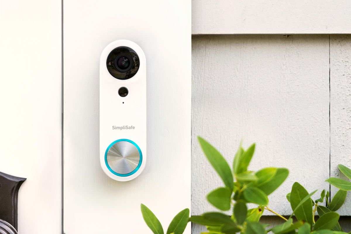 SimpliSafe releases a new smart doorbell with a wide angle