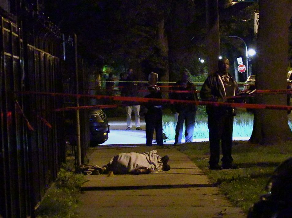 Police investigate a shooting about 10 p.m. Friday, June 8, 2018 in the 7900 block of Muskegeon Avenue in Chicago. | Justin Jackson/ Sun-Times