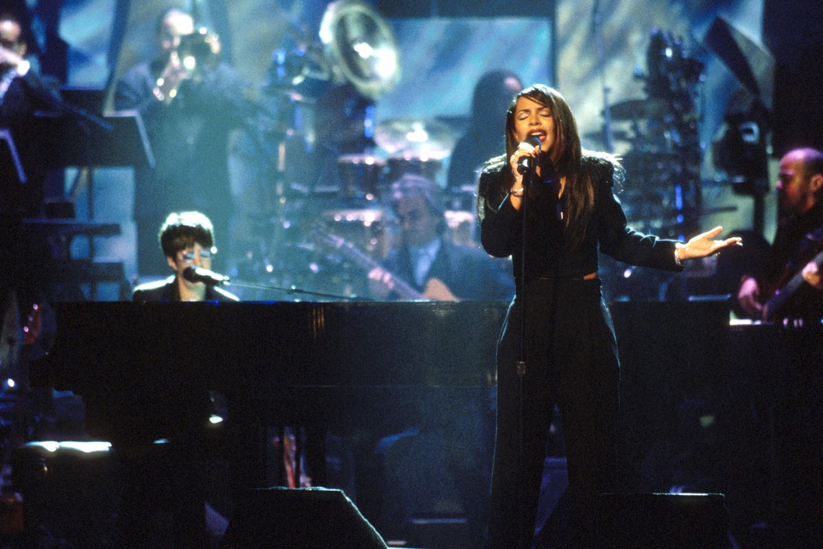 TNT Presents - A Gift of Song - New York - January 1, 1997