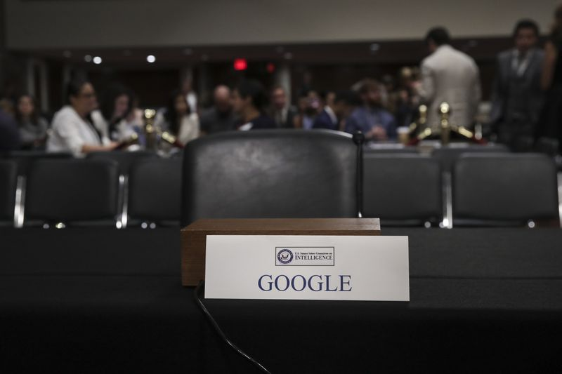 1027117822.jpg 5 things you may have missed from the Facebook and Twitter hearings on Capitol Hill