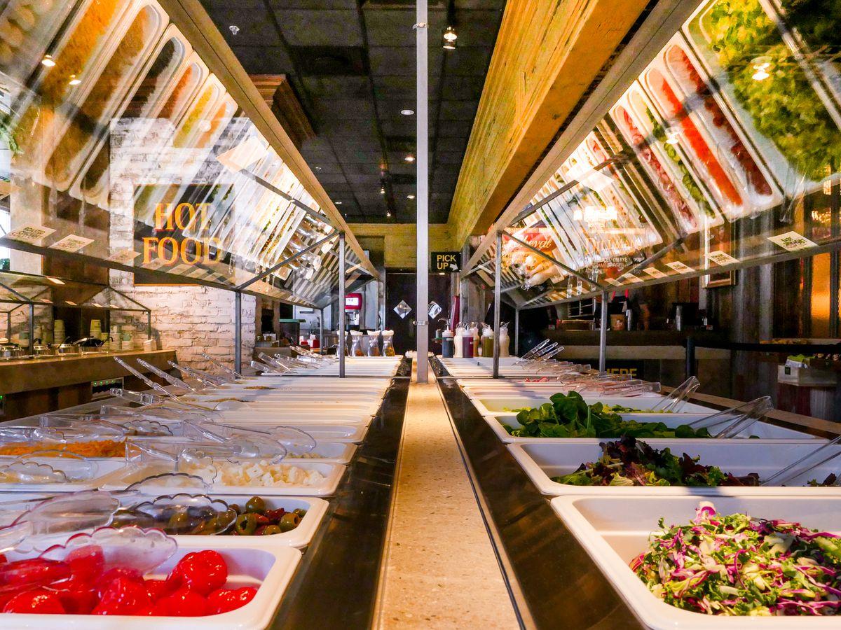 3 Greens_salad bar