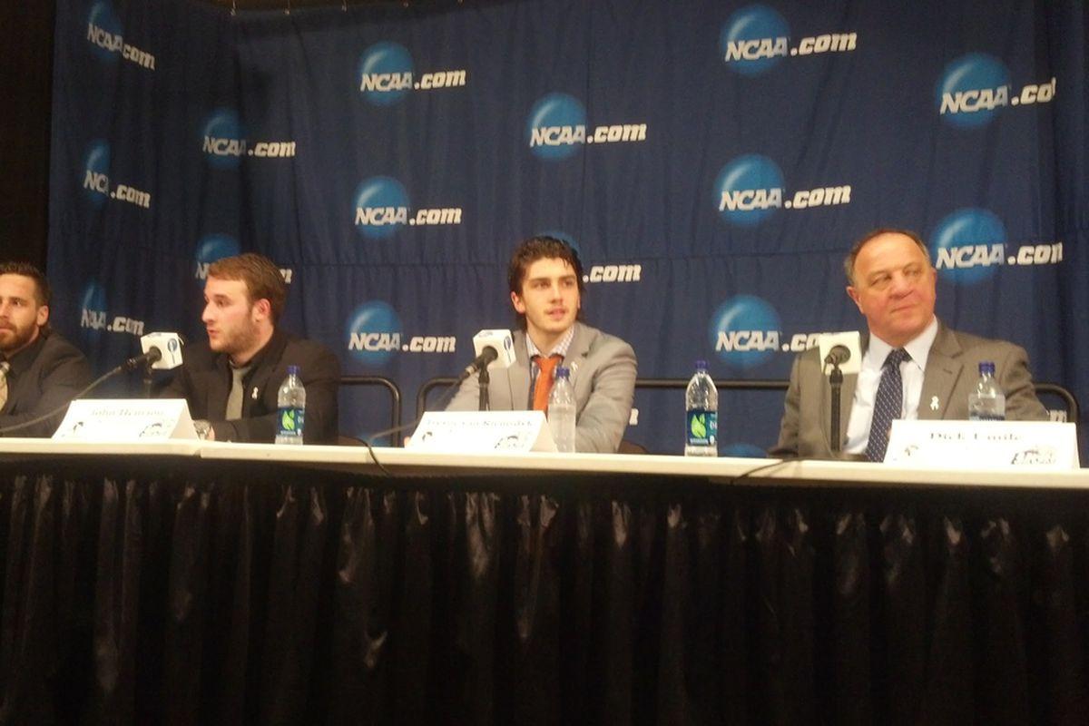 van Riemsdyk(center) at last year's NCAA Northeast Regional