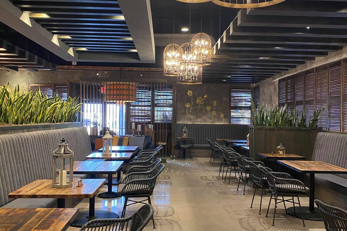 Summerlin Favorite Nittaya S Secret Kitchen Thai Restaurant Relocates To Larger Space Eater Vegas