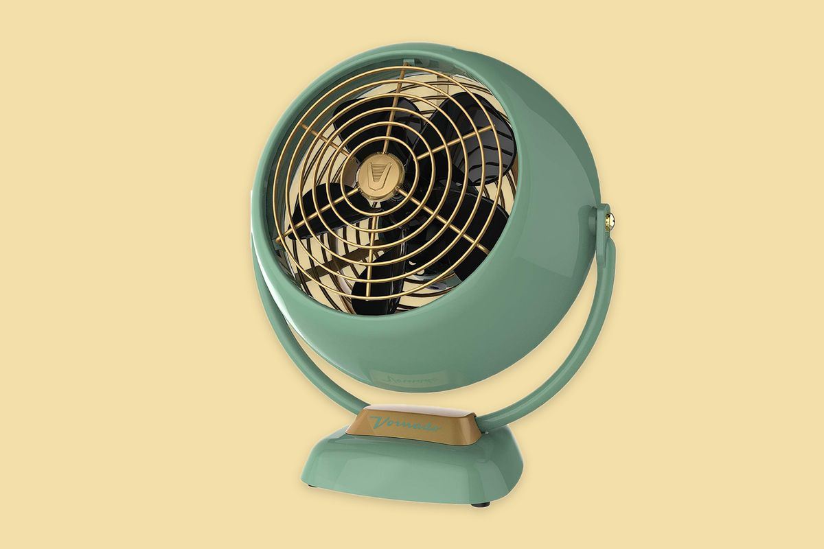 Vornado VFAN Jr. Vintage Air Circulator Fan Mother's Day 2020