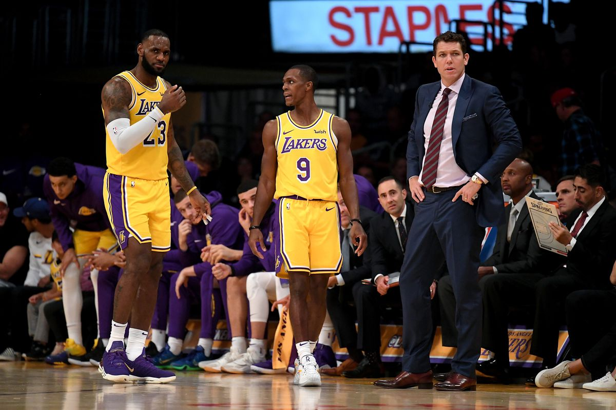 599a834e9486 Luke Walton doesn t think Rajon Rondo and LeBron James will play against  Warriors