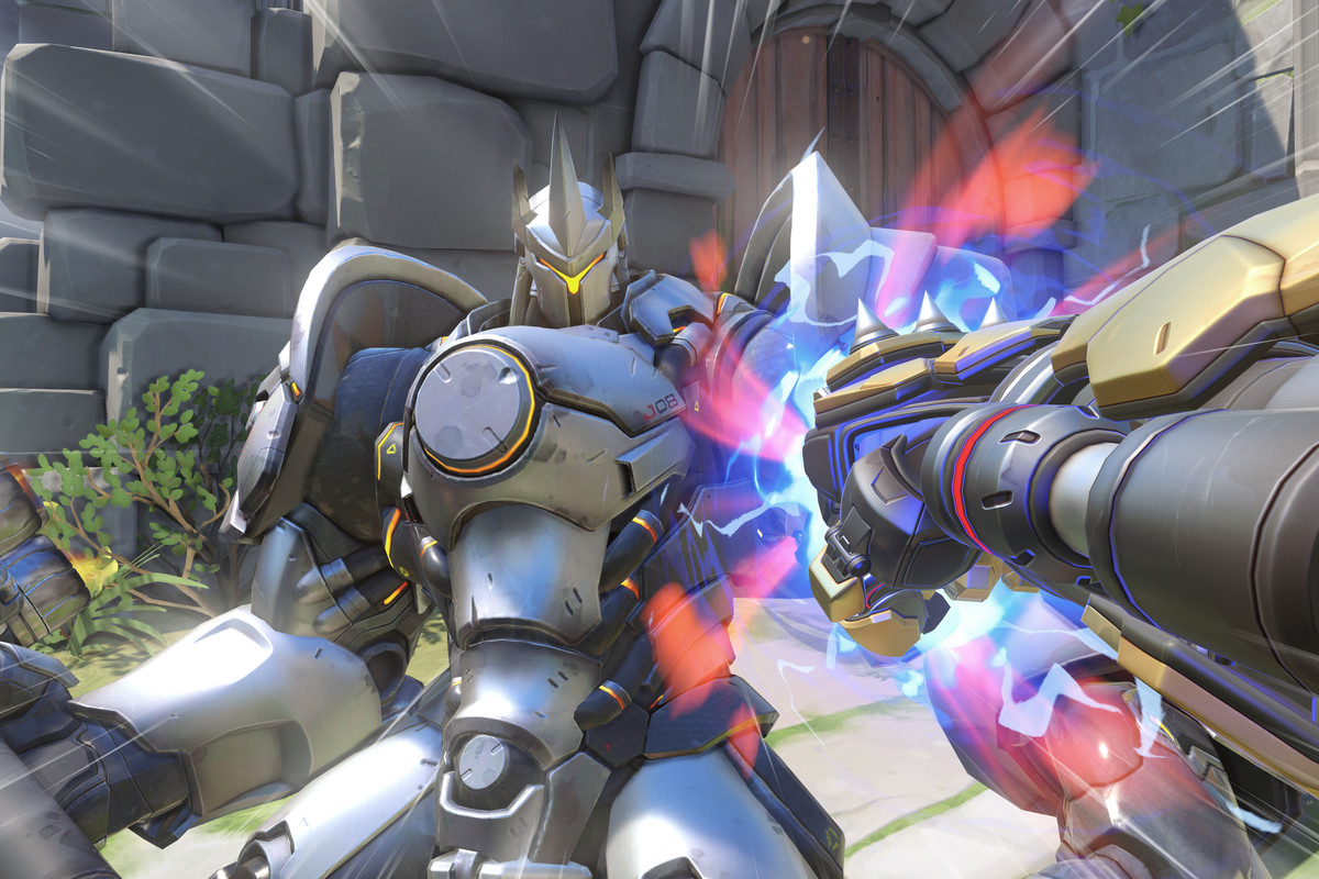 Please Doomfist he's just an old man, don't hurt him.