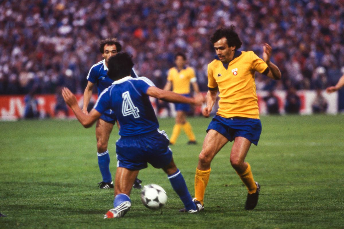 Juventus Turin v Porto CF - European Cup Winners Cup Final 1984