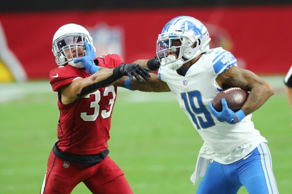 Detroit Lions wide receiver Kenny Golladay pushes off against Arizona Cardinals cornerback Byron Murphy in the fourth quarter at State Farm Stadium