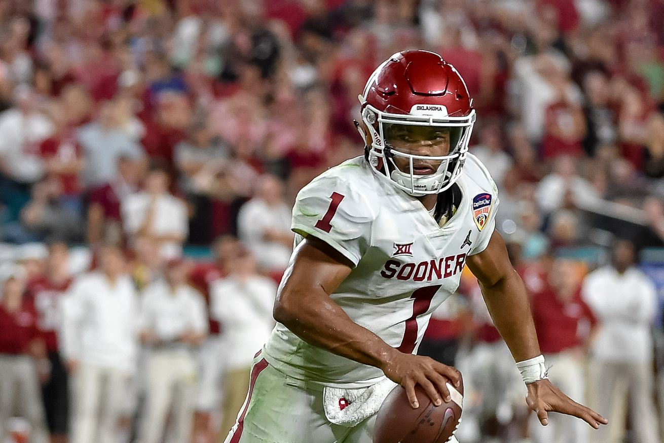 usa today 11943819.0 - Kyler Murray asked for $10 million more from the Athletics, but now he's entering the NFL Draft