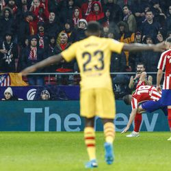 Umtiti celebrates Messi's winner against Atleti