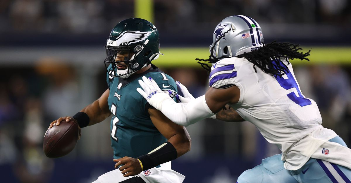 Should the Giants be interested in Jaylon Smith or Stephon Gilmore? - Big Blue View