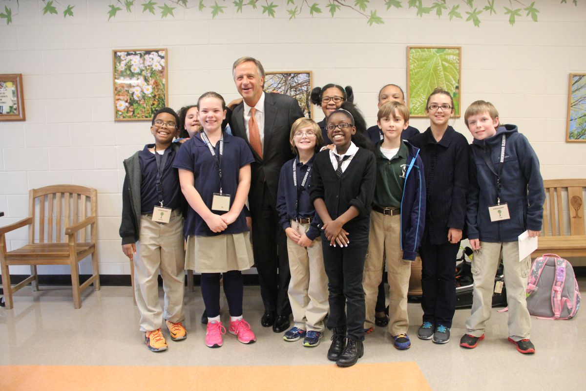Gov. Bill Haslam poses with students at Riverwood Elementary School in Cordova, where he celebrated Tennessee's 2015 NAEP results.
