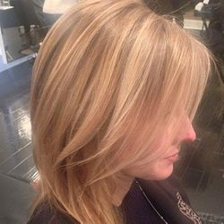 """<span class=""""credit"""">Image via @ninezeroonesalon/<a href=""""http://instagram.com/p/kLepO_mo41/"""">Instagram</a></span></br> <b><a href=""""http://www.ninezeroonesalon.com/"""">Nine Zero One Salon</a></b>: In addition to being a hot spot for young Hollywood and LA"""