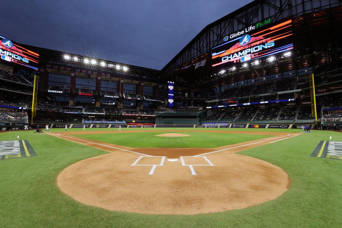 National League Championship Series Game 4: Atlanta Braves v. Los Angeles Dodgers