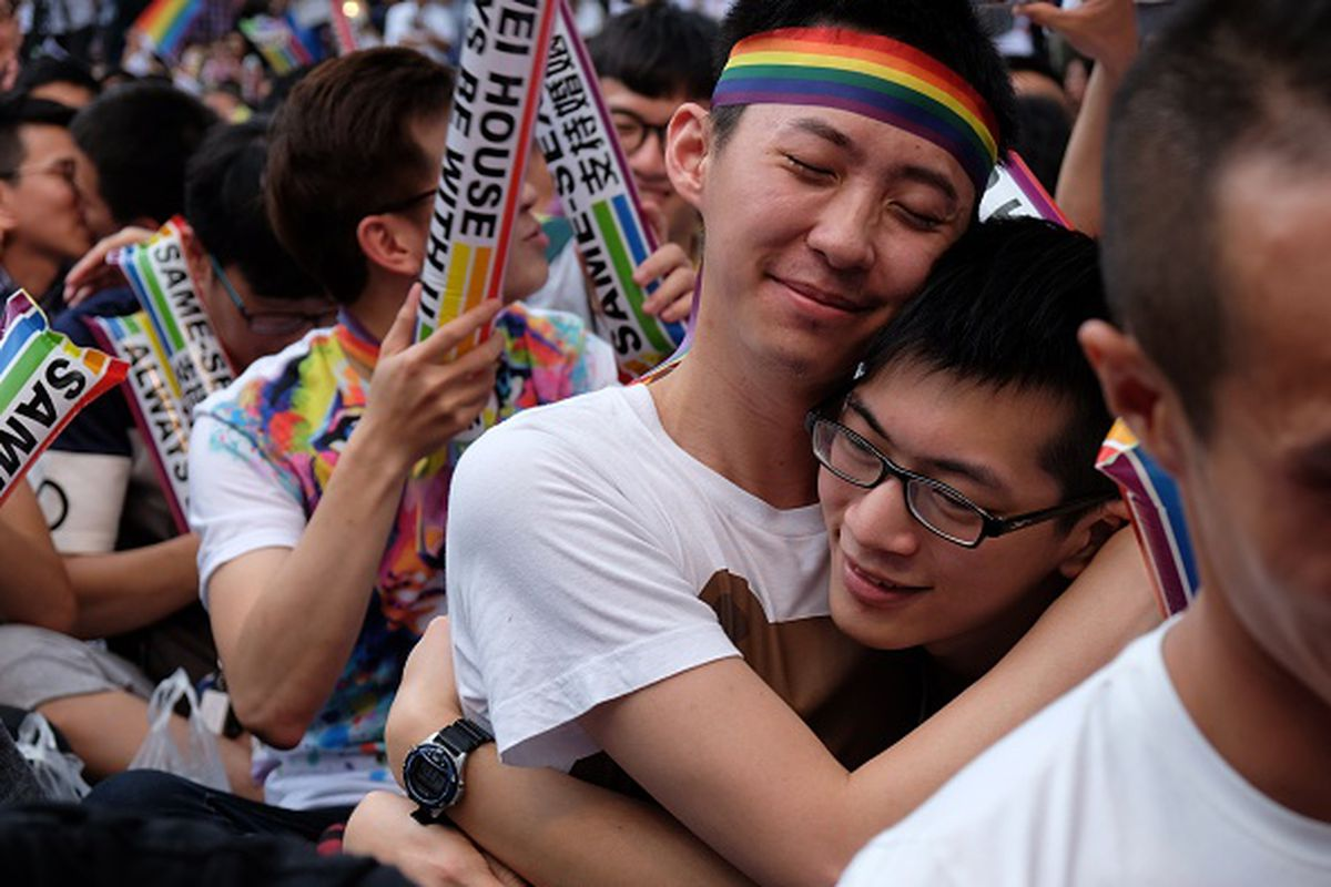 in a first for asia, taiwan moves to legalize same-sex marriage - vox