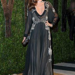 Supermodel Miranda Kerr poses perfectly.