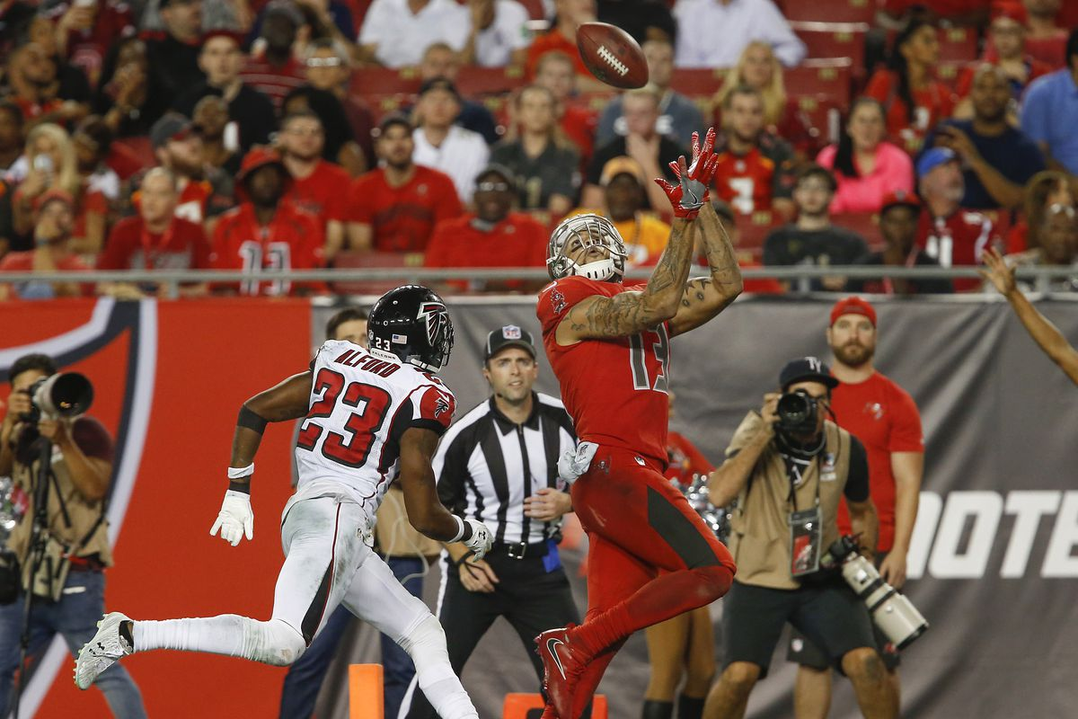 Mike Evans one handed catch named Performance Play of the Year