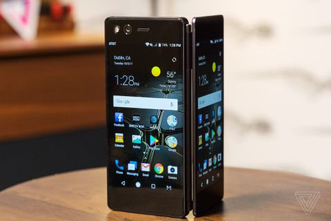 ZTE's Axon M has two screens and a hinge - The Verge