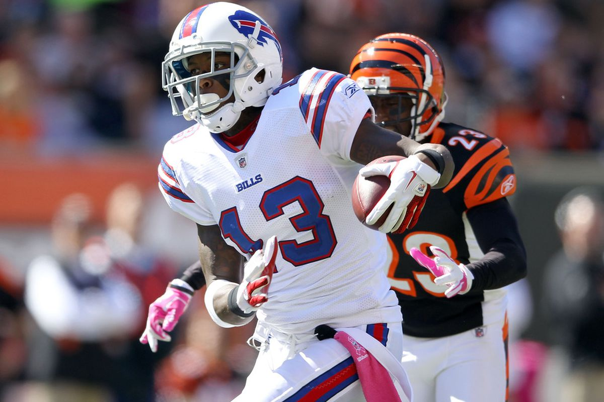 CINCINNATI, OH - OCTOBER 02:  Stevie Johnson #13 of the Buffalo Bills runs with the ball during the NFL game against the Cincinnati Bengals at Paul Brown Stadium on October 2, 2011 in Cincinnati, Ohio.  (Photo by Andy Lyons/Getty Images)