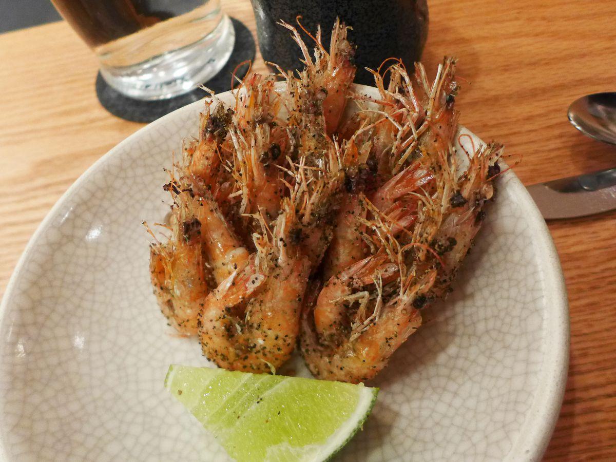 Fried head-on shrimp