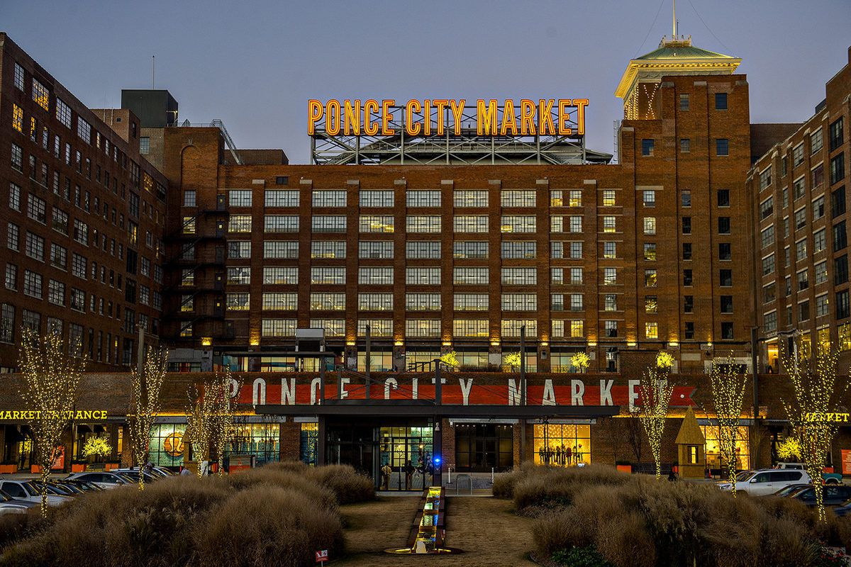 Ponce city market wants to valet your dog atlanta for Painting places in atlanta