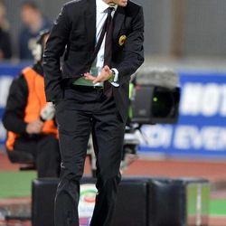 AC Milan coach Massimiliano Allegri gestures during  Serie A soccer match between Catania and AC Milan at the Angelo Massimino stadium in Catania, Italy, Saturday, March 31, 2012.