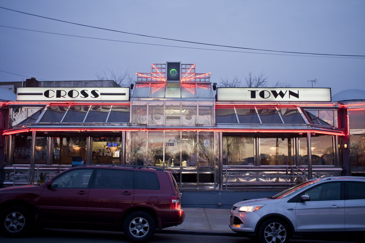 Crosstown A Look Inside the Historic NYC Diners Still Keeping Traditions Alive