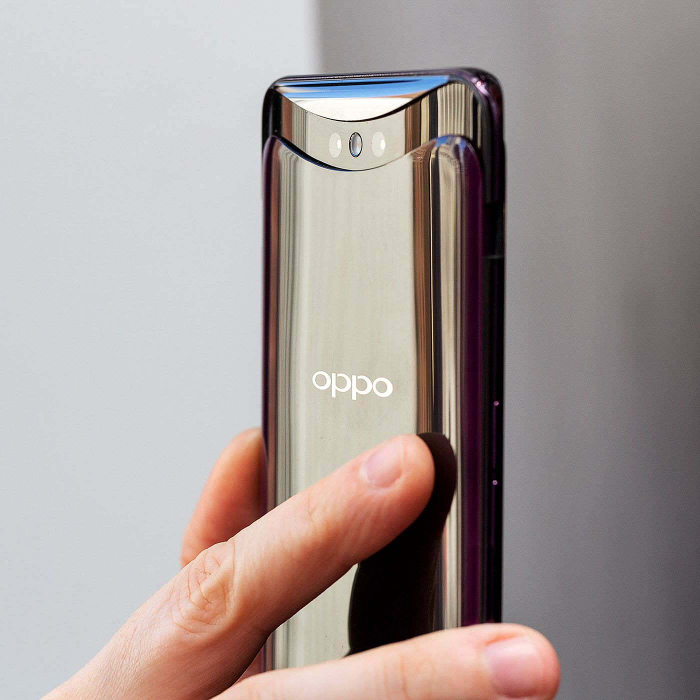 Oppo confirms 10x zoom camera for smartphones - The Verge