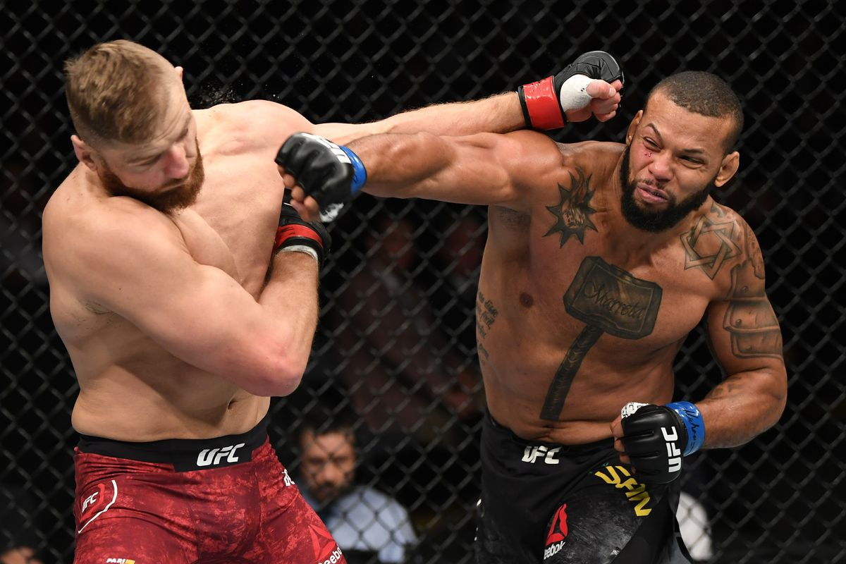 Thiago Santos is favored to finish Johnny Walker with strikes in the UFC Vegas 38 main event