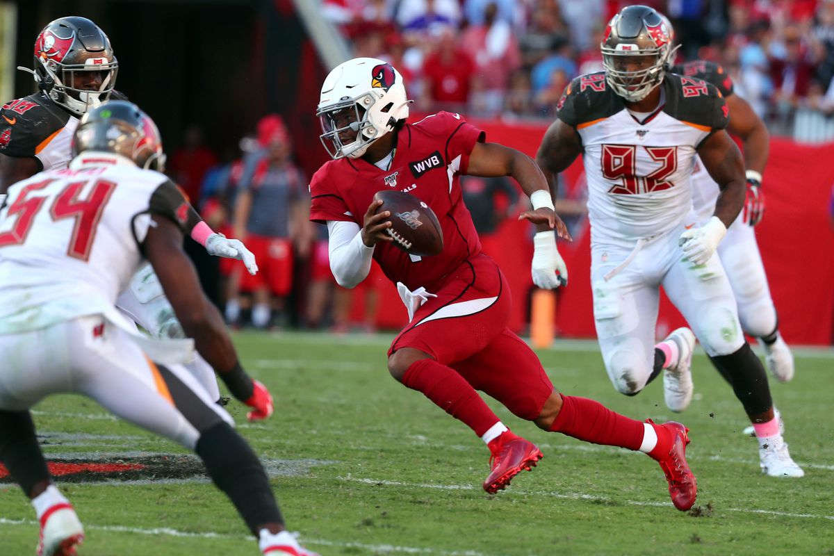 Arizona Cardinals quarterback Kyler Murray runs with the ball against the Tampa Bay Buccaneers during the second half at Raymond James Stadium.