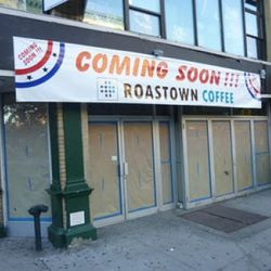 """Roastown Coffee coming to the old Pizzanini space via <a href=""""http://evgrieve.com/2010/09/roastown-coffee-coming-to-second-avenue_21.html"""" rel=""""nofollow"""">EVG</a>"""