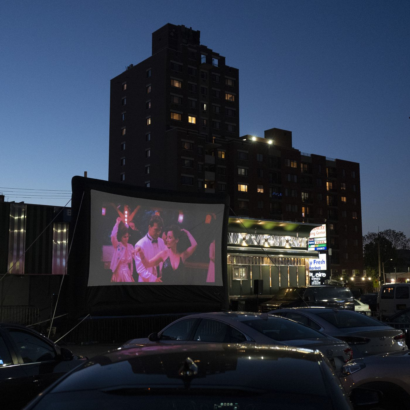 Chicago Drive In Movies Promised At Venue Close To Downtown This Summer Chicago Sun Times