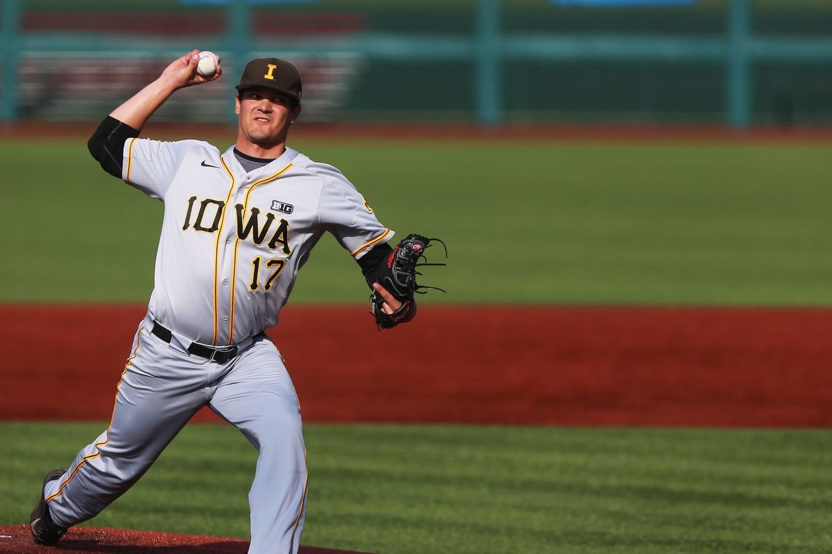 Iowa Baseball to Houston Regional