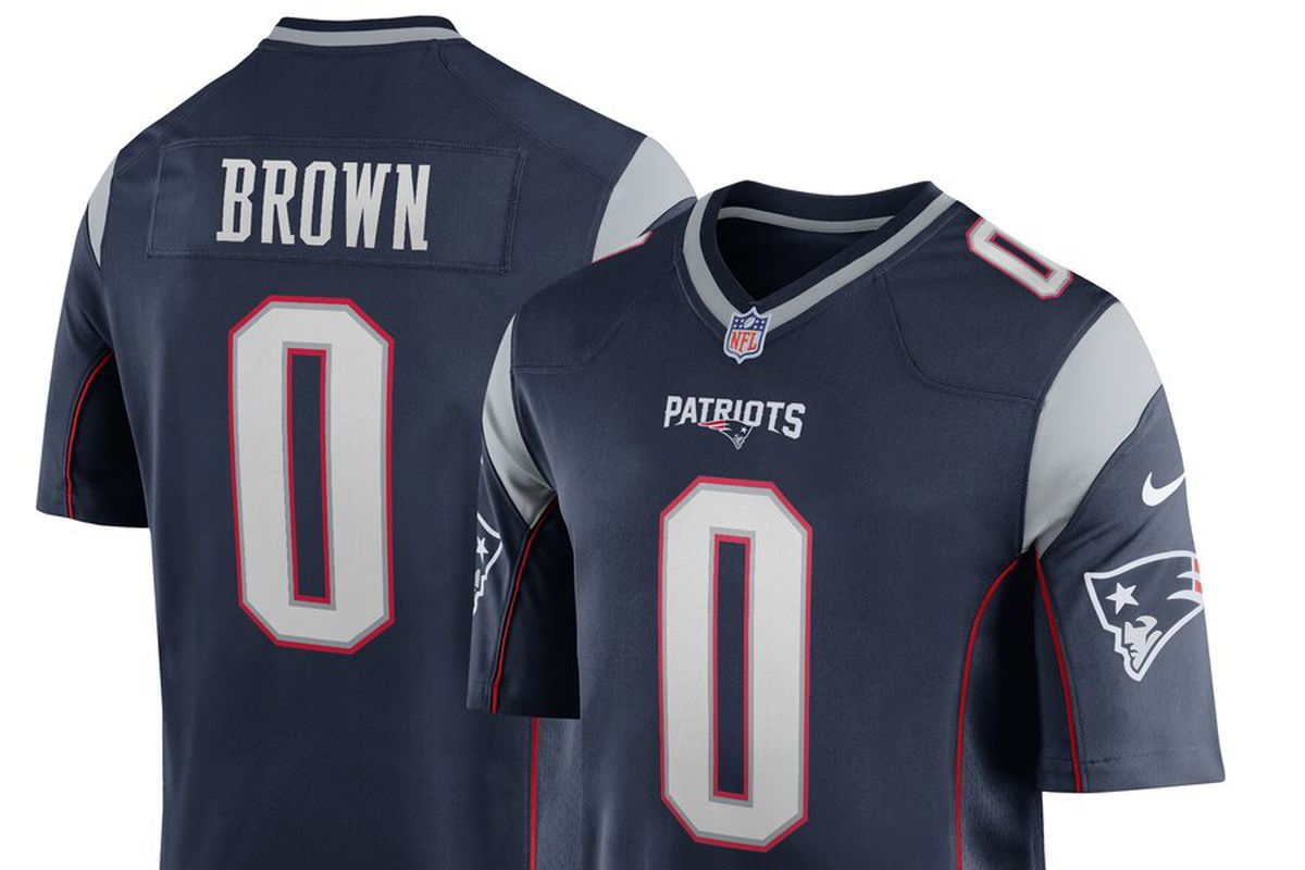 new product cdbb7 31c31 The Antonio Brown New England Patriots jerseys are here ...