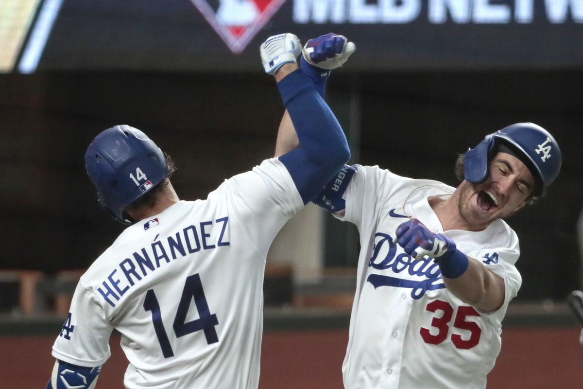 Dodgers and Braves in game seven of the NLCS at Globe Life Field