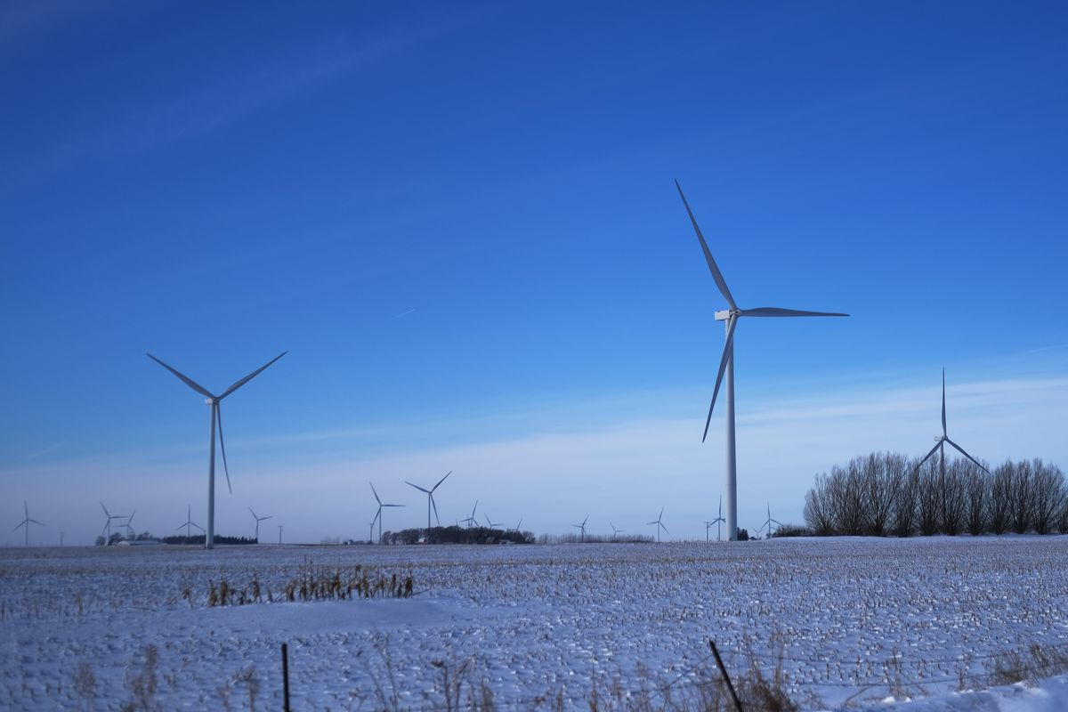 How Frozen Wind Turbines Led To Mass Power Outages In The Us.