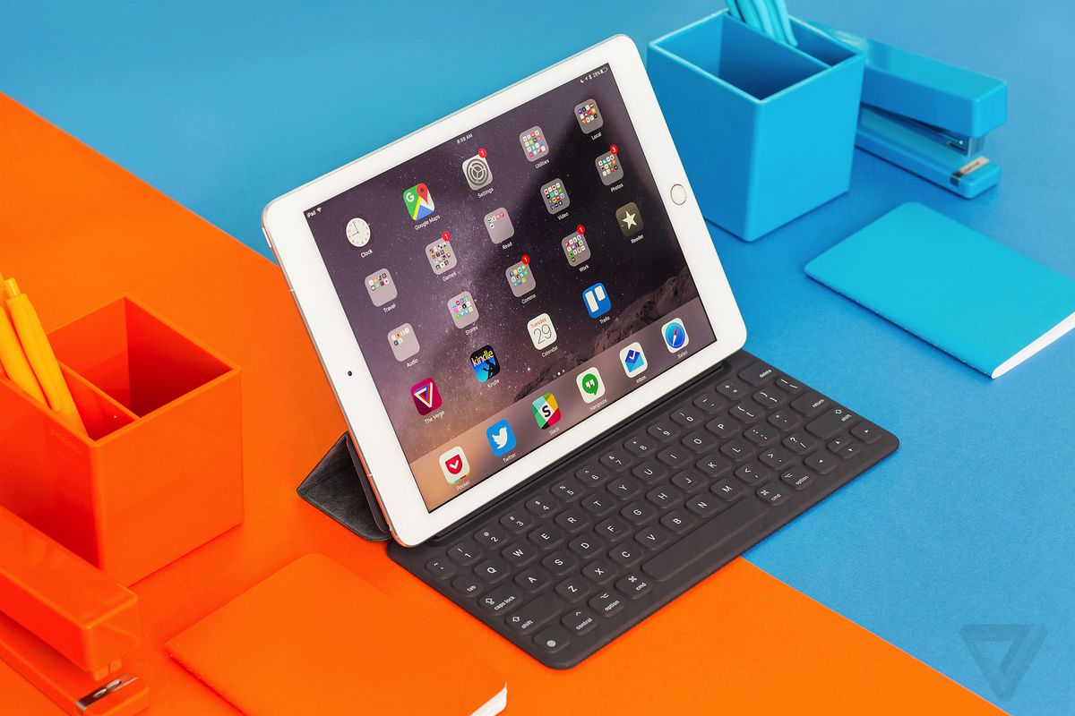 Receive a discount on a new Mac or iPad for your studies with Apple Education Pricing. Available for students, teachers and staff.