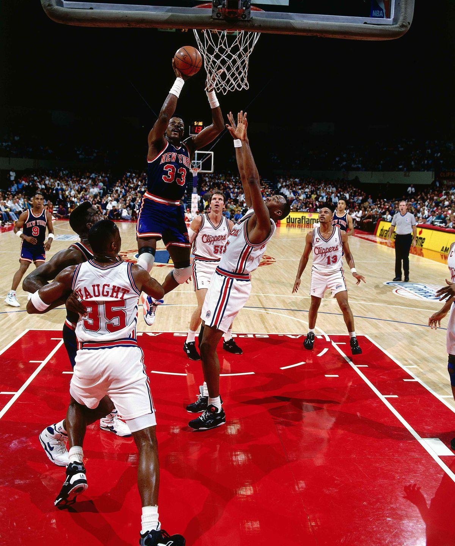 Ewing shoots jumpshot v Clippers