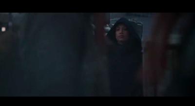 Screen Shot 2020 09 15 at 1.37.25 PM - Everyone thinks Sasha Banks is Rosario Dawson in 'The Mandalorian' trailer