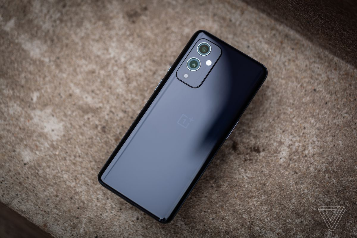 The OnePlus 9 is an excellent telephone that holds its personal in opposition to different (typically dearer) flagships. It has all of the issues that actually matter: an incredible display, wonderful performance, good battery life, and a succesful digicam. But for higher or worse, it nonetheless doesn't really feel fairly like a tool that's well-suited for the mainstream. It misses a few options current on the competitors like a stabilized principal digicam and broad 5G assist.