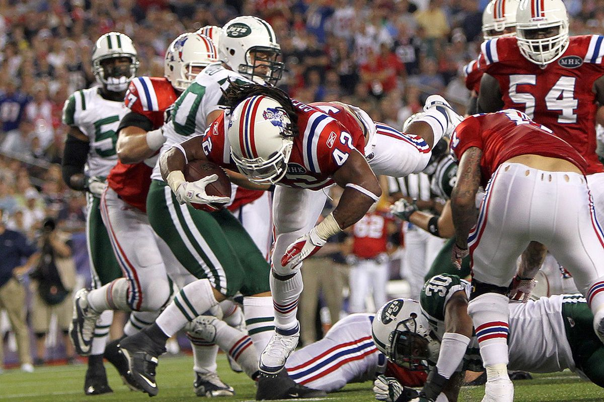 FOXBORO, MA - OCTOBER 9:    BenJarvus Green-Ellis #42 of the New England Patriots runs into the end zone in the second half against the New York Jets at Gillette Stadium on October 9, 2011 in Foxboro, Massachusetts. (Photo by Jim Rogash/Getty Images)