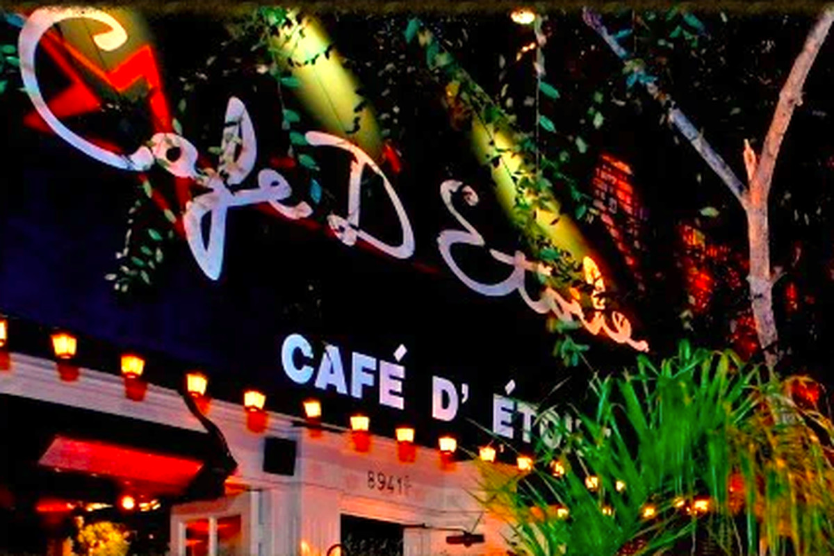 The entrance to Cafe D'Etoile in West Hollywood
