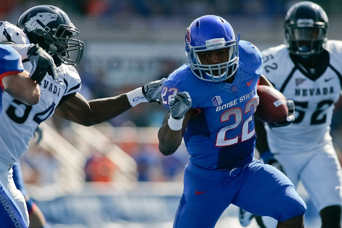 BOISE, ID - OCTOBER 01:  Doug Martin #22 of the Boise State Broncos runs the ball against the Nevada Wolf Pack at Bronco Stadium on October 1, 2011 in Boise, Idaho.  (Photo by Otto Kitsinger III/Getty Images)