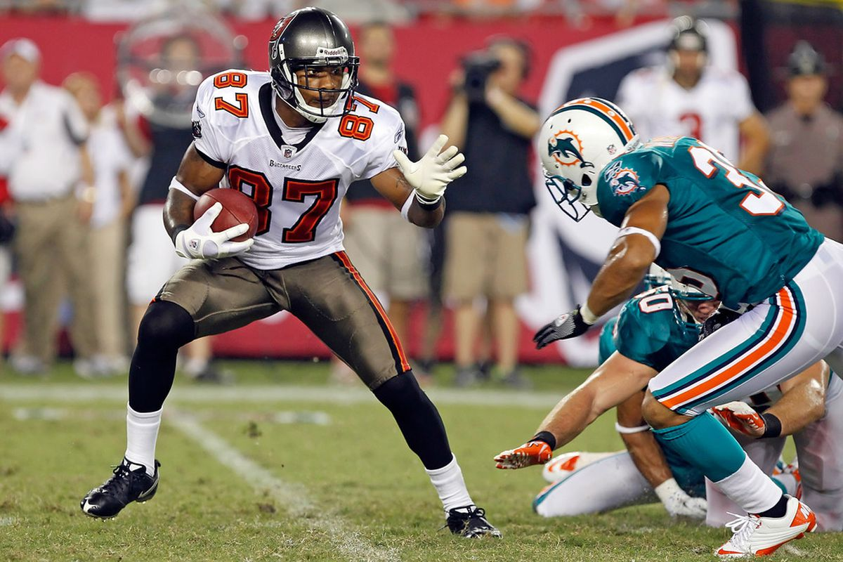 TAMPA, FL - AUGUST 27:  Receiver Preston Parker #87 of the Tampa Bay Buccaneers returns a punt against the Miami Dolphins during a preseason game at Raymond James Stadium on August 27, 2011 in Tampa, Florida.  (Photo by J. Meric/Getty Images)