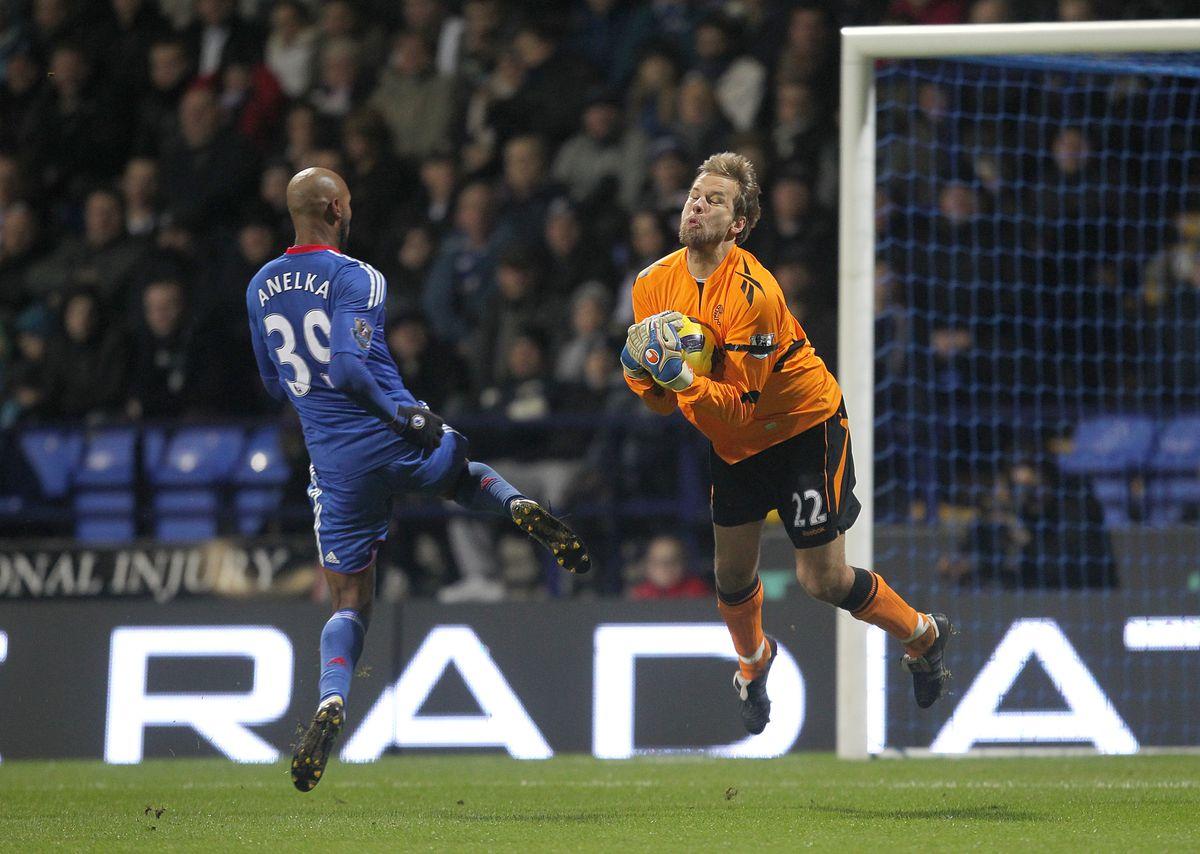 Soccer - Barclays Premier League - Bolton Wanderers v Chelsea - Reebok Stadium