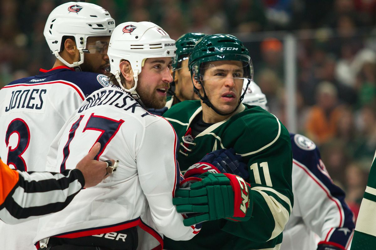 NHL: DEC 31 Blue Jackets at Wild