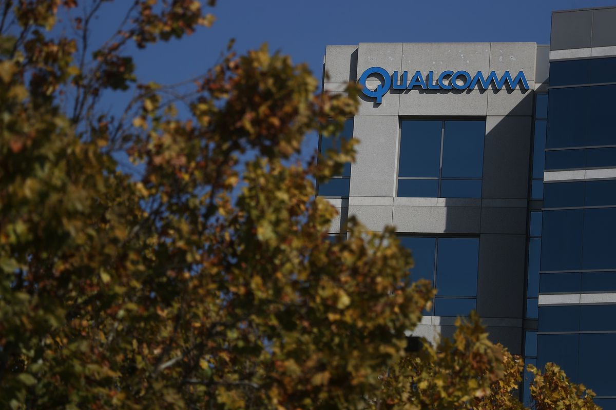 Apple Threatens To Drop Qualcomm Wireless Chips From iPhone