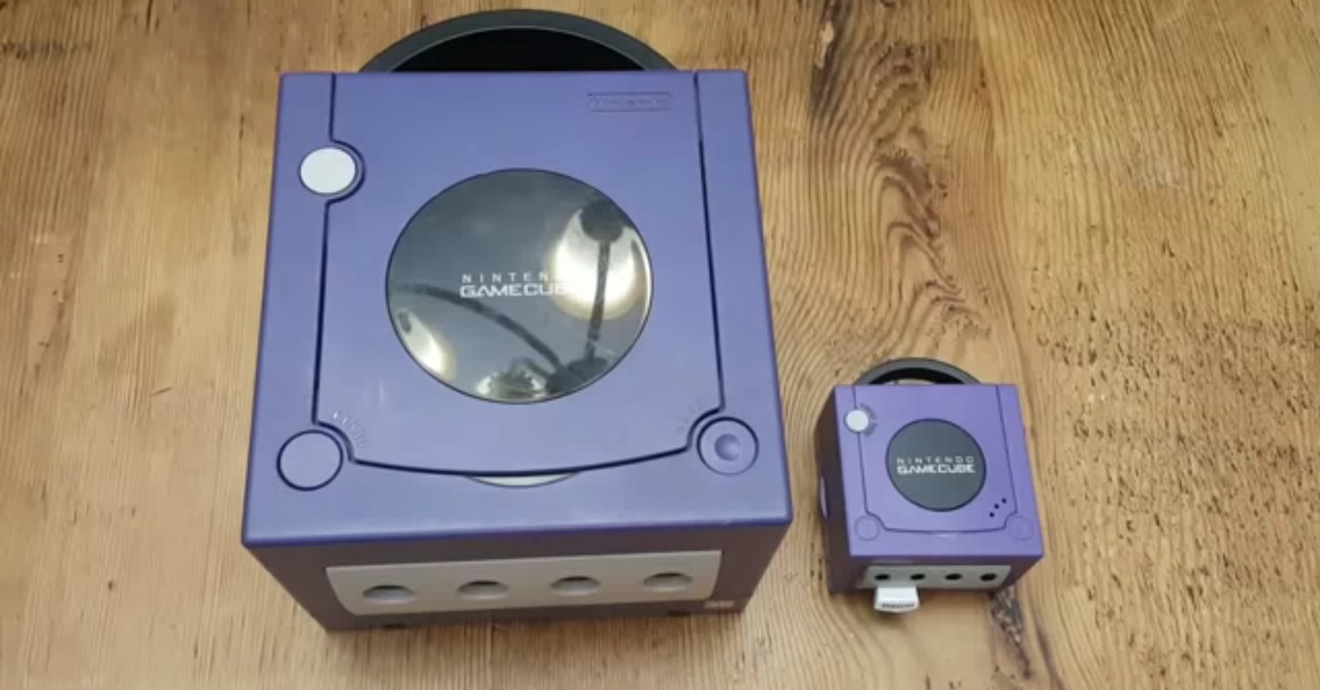 Tech News: YouTuber does what Nintendon't and builds a working GameCube Classic - The Verge thumbnail