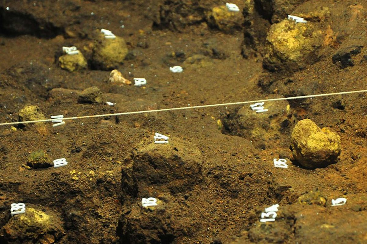 Spheres found in ancient city Teotihuacan, Mexico (Credit: INAH)